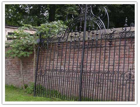 Edwardian Gates Peter Weldon Iron Designs Ltd